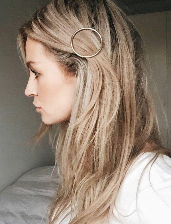 стрижка для тонких и редких волос фото с аксессуаром