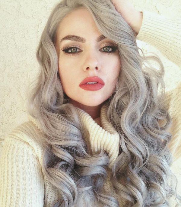серебряный пепельно-бежевый цвет волос