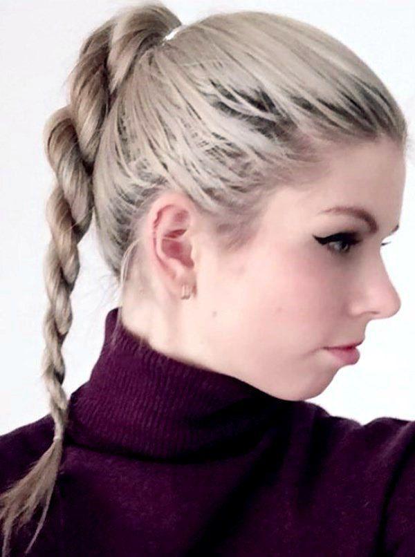 прическа на средние волосы без челки