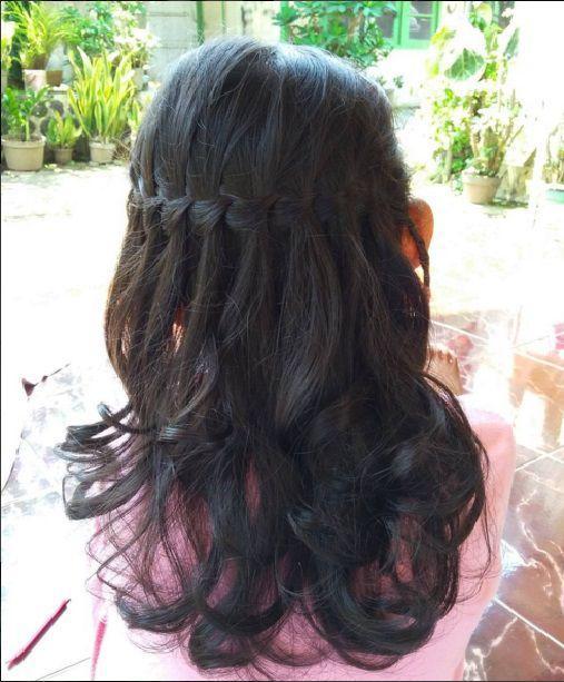 прическа водопад из кос