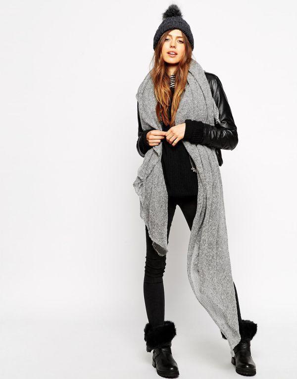 серый длинный шарф фото