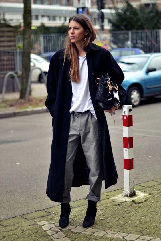 расклешенное длинное женское пальто