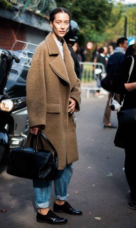 стильное пальто оверсайз лук фото