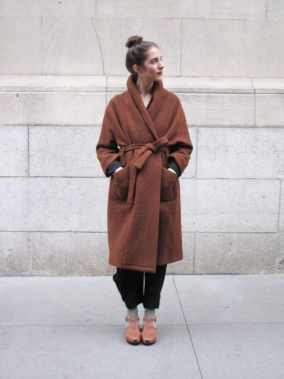 стильное женское пальто халат фото