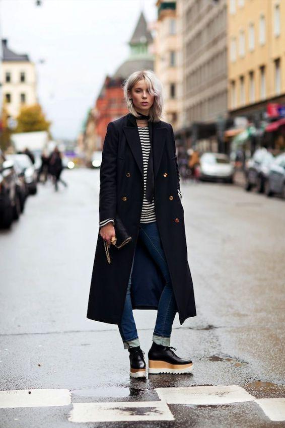 трендовое женское пальто в стиле милитари