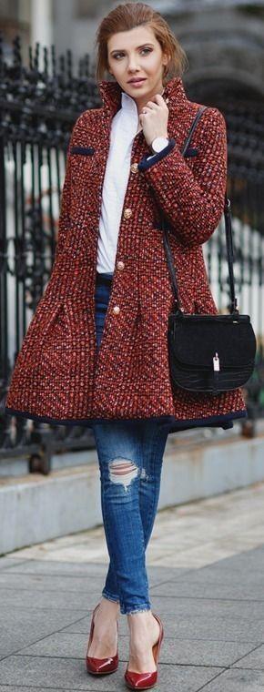 с чем носить твидовое пальто с пуговицами