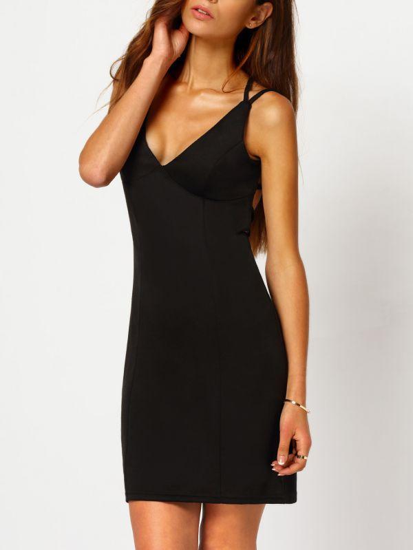 маленькое черное платье футляр модный образ