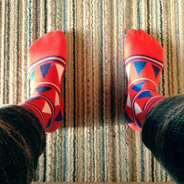 оригинальные носки для мужчин с треугольниками