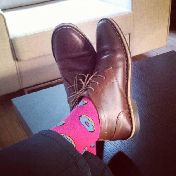 розовые носки с пончиками