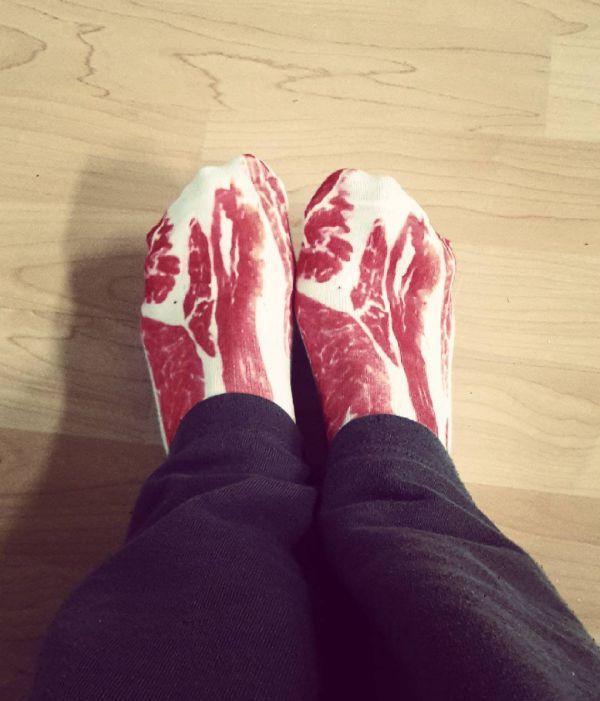 носки-кусок мяса