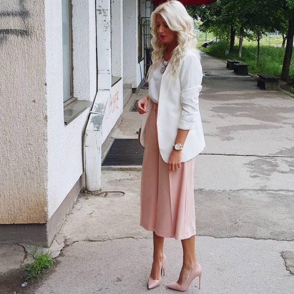 женские кюлоты ниже колен с пиджаком и на высоком каблуке фото