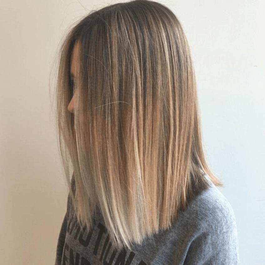 Гладкие распущенные волосы
