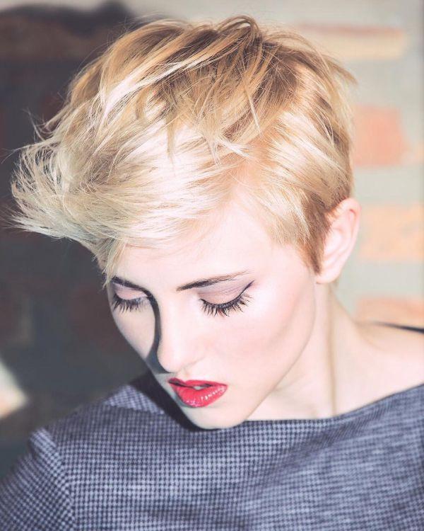 прически на короткие тонкие волосы