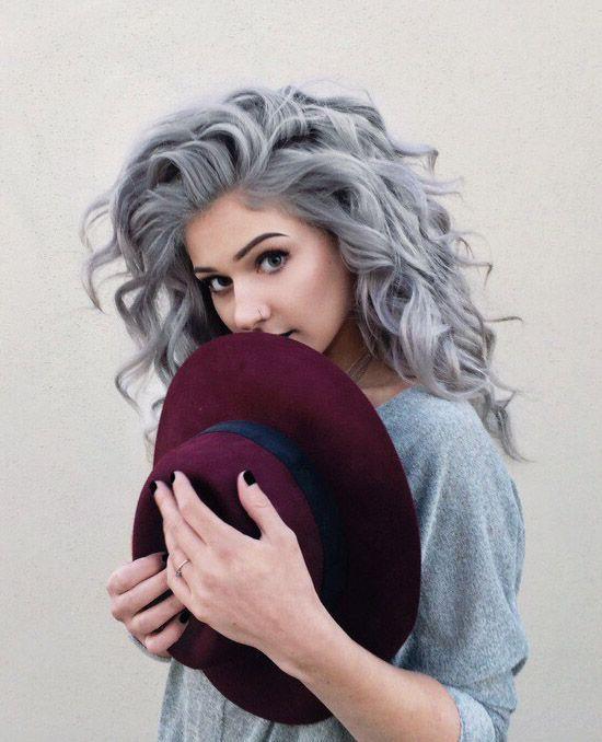 кому идет седой цвет волос