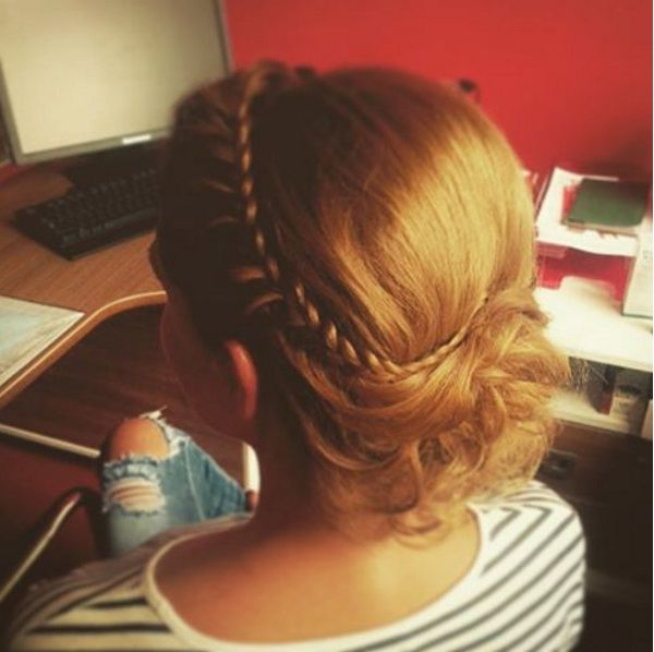 прически с косами на средние волосы фото