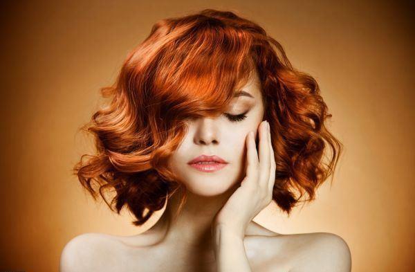модный цвет волос рыжий на средние волосы
