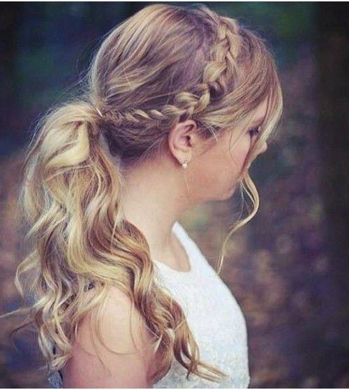коса на бок с распущенными волосами