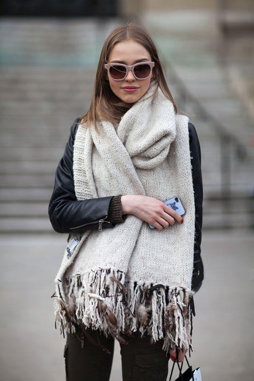 модный образ с шарфом оверсайз