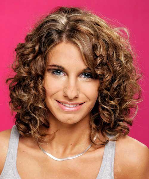 простая стрижка для кудрявых волос