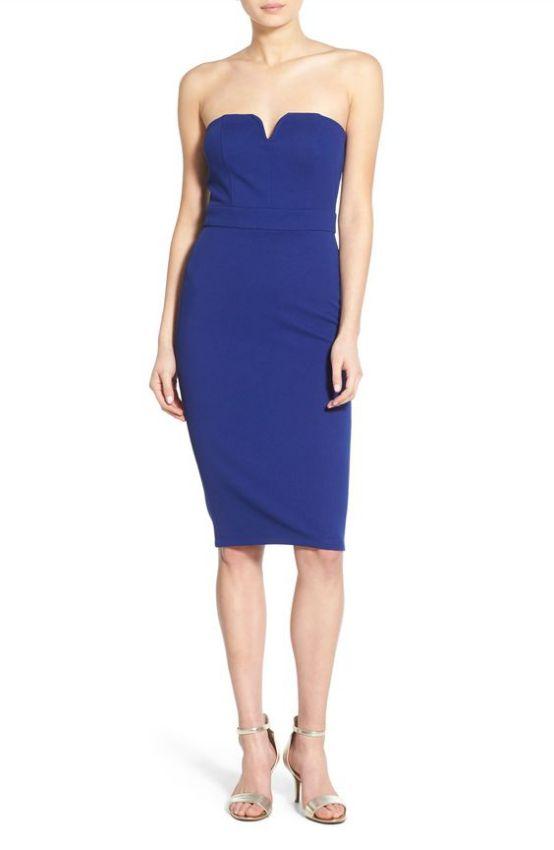 синее платье футляр без бретелек