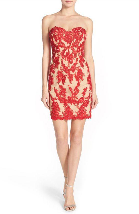 красное платье футляр без бретелек фото