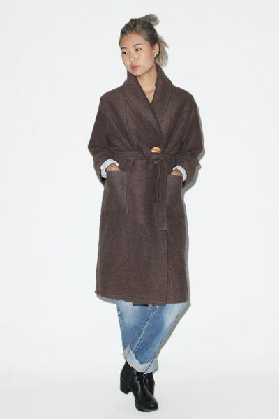 с чем носить пальто халат