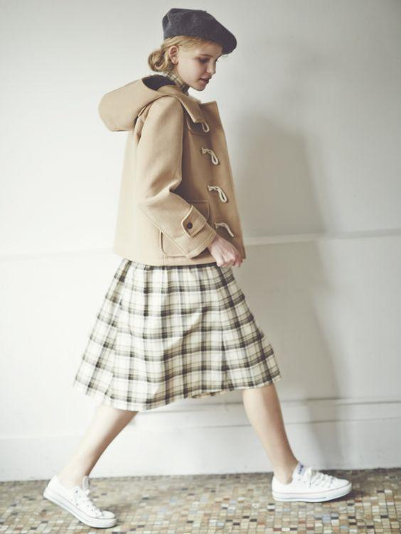 бежевое женское пальто с капюшоном 2018