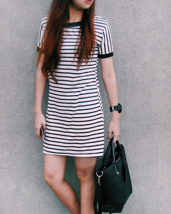 мини платье-футляр в полоску фото