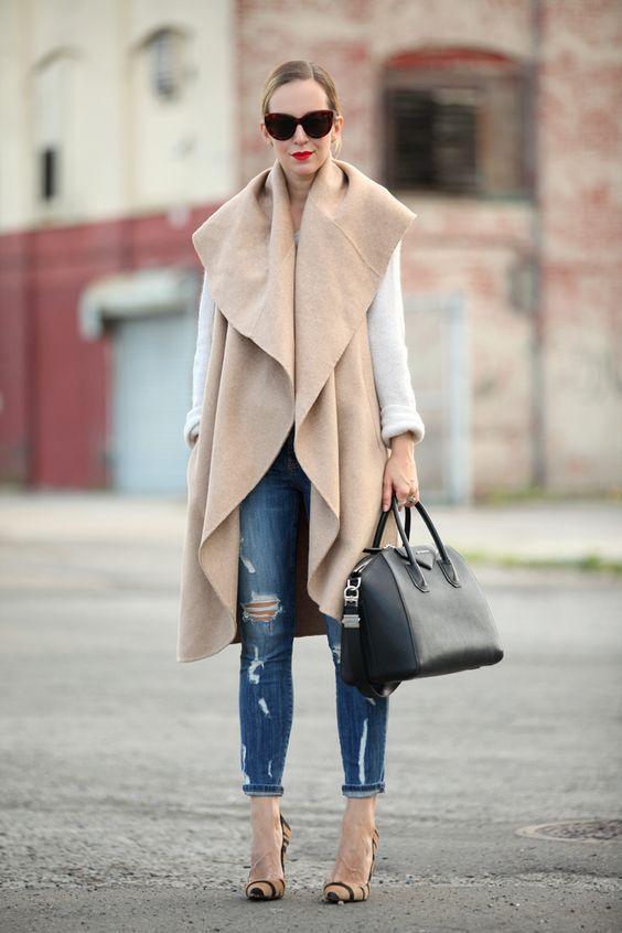 с чем носить пальто без рукавов цвета нюд