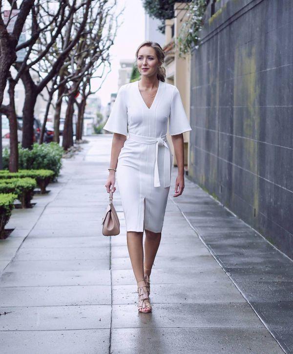 белое офисное платье футляр фото