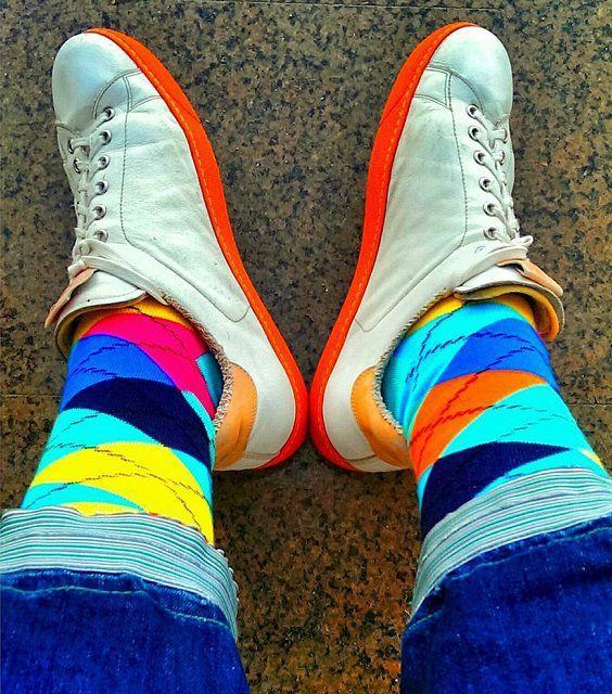 оригинальные разноцветные носки фото