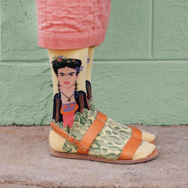 смешные носки для женщин под сандалии