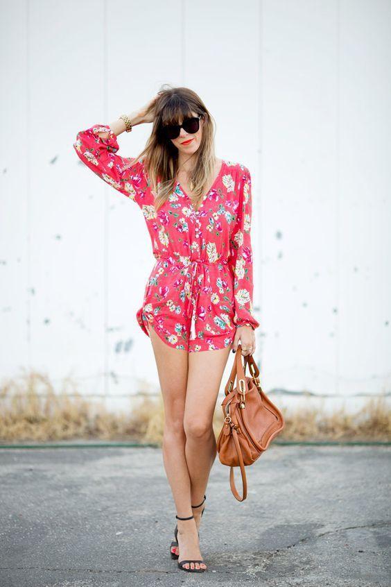 с чем носить красный летний шелковый комбинезон фото