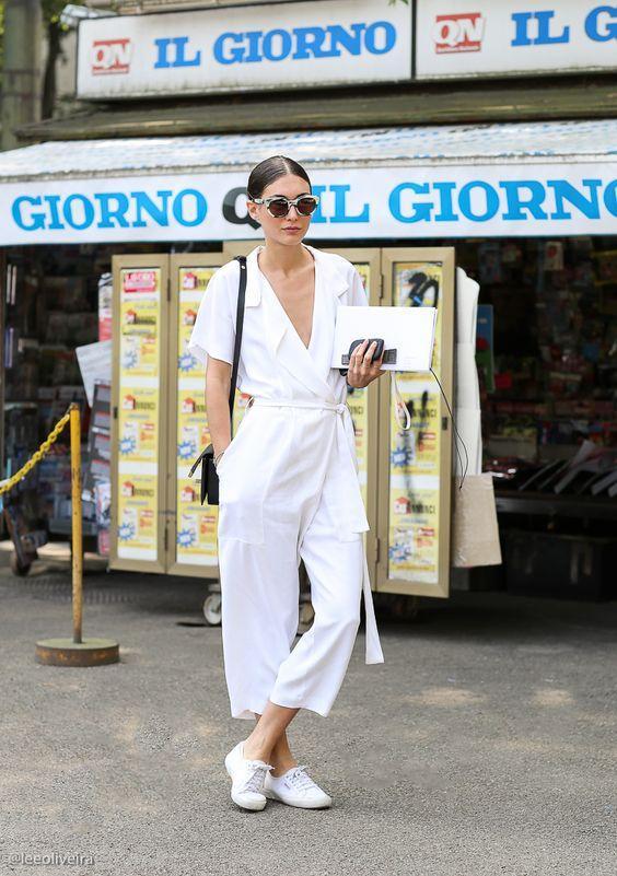 с чем носить длинный белый летний комбинезон