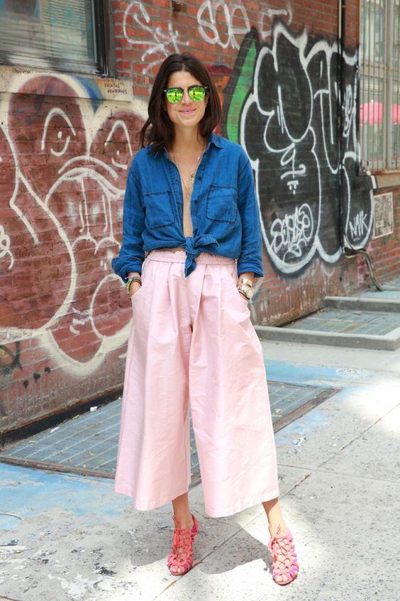модные розовые юбка-брюки с рубашкой фото