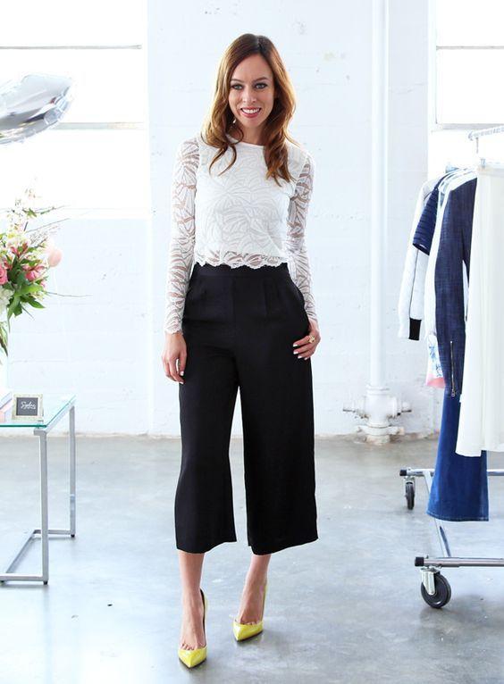 черные женские кюлоты брюки с белой блузой