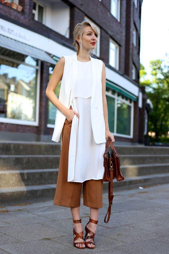 стильные коричневые кюлоты с блузой для девушек