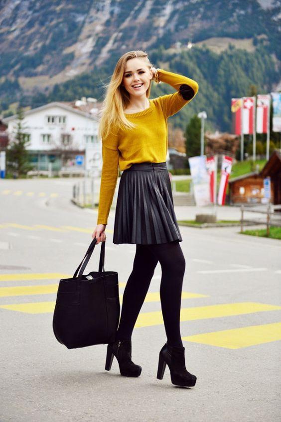 осенняя юбка-плиссе под колготы и свитер