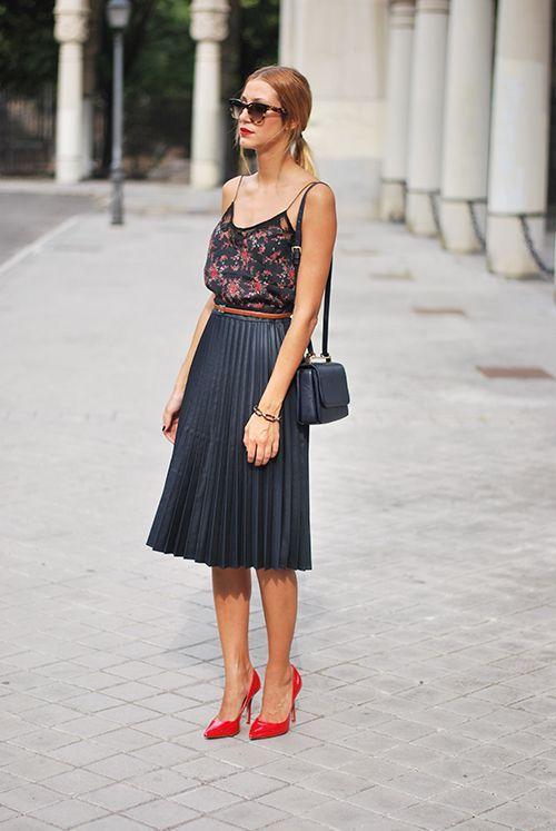 платье с юбкой плиссе фото